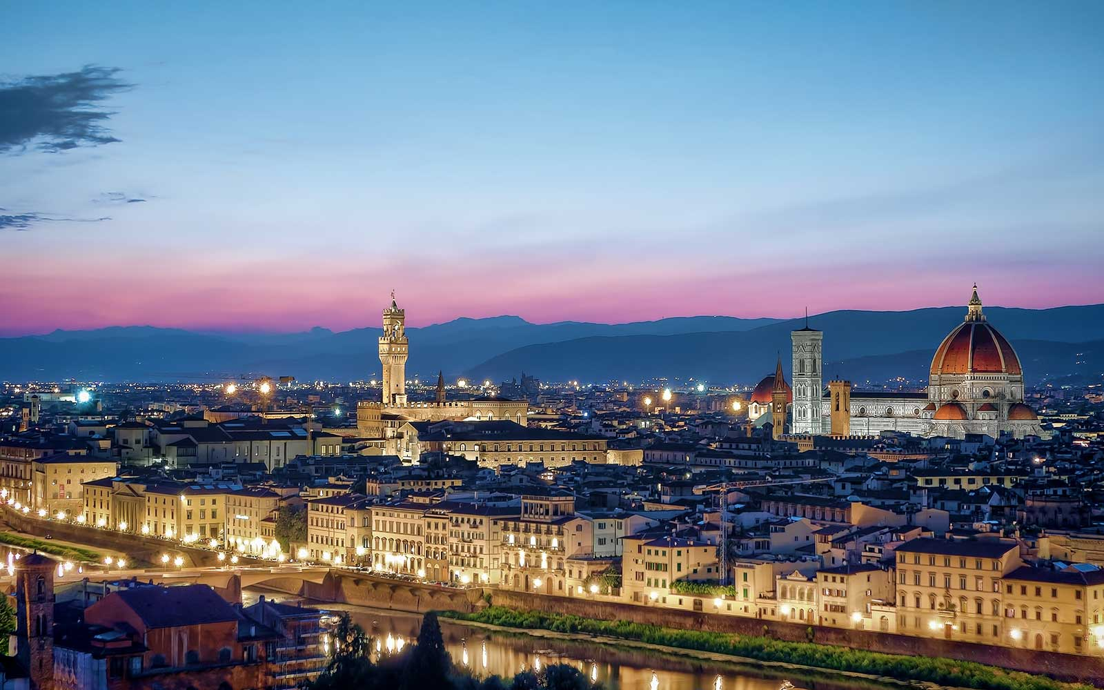 Florence 1289364  480